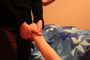 Anne massage hands aloha sheets 2013
