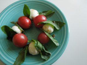 Tomato Basil Mozzarella Salad Recipe
