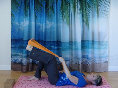 Pilates hip mobilization exercise, core strength, economy of movement.